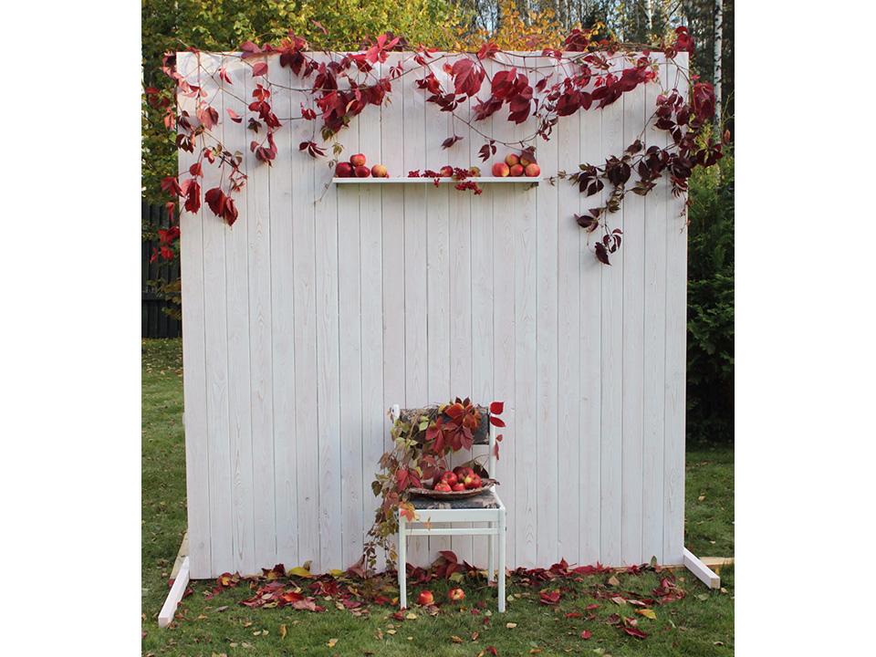 Фотозона «Белая Деревянная Стена»